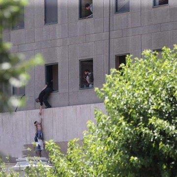 بیان منظمة الدفاع عن ضحایا العنف حول الهجمات الإرهابیة فی طهران أصدرت